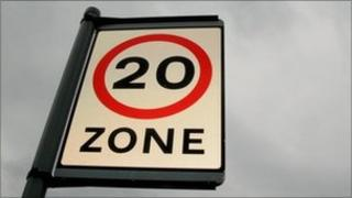 Road sign showing 20mph zone