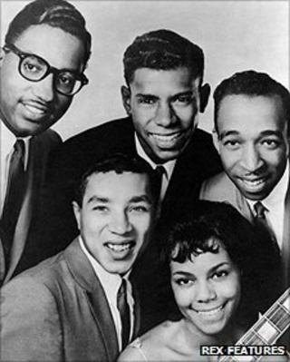The Miracles, (clockwise from top left), Bobby Rogers, Marv Tarplin, Ronald White, Claudette Rogers Robinson, Smokey Robinson