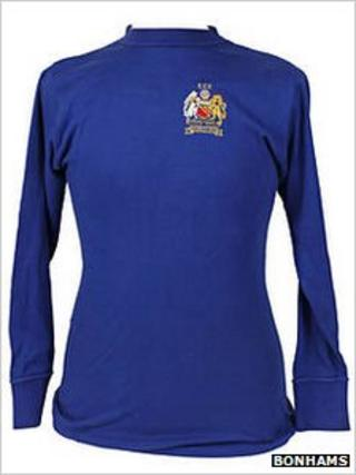 Tony Dunne's 1968 European Cup Final shirt