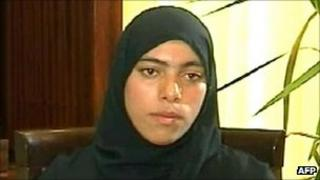 A handout video grab from the Syrian Arab News Agency (SANA) allegedly shows a woman who claims to be Zainab al-Hosni, 5 October 2011