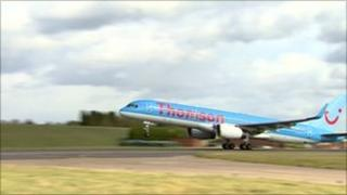 Thomson's biofuel flight takes off from Birmingham