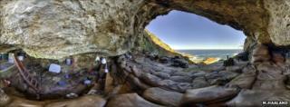 Blombos Cave (Magnus Haaland)