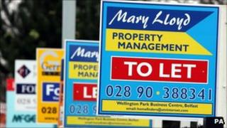 Estate agent to let signs