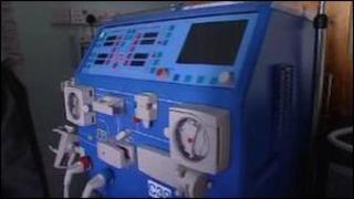 Peiriant dialysis