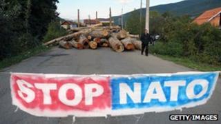 Serb barricade in northern Kosovo