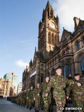 207 Field Hospital (Volunteers) march past Manchester town hall