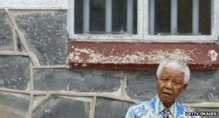 Nelson Mandela revisits Robben Island