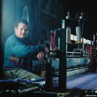Alastair Craigie was a weaver at the Kenneth Mackenzie Mill in Stornoway before it closed but now works at home in a large shed.