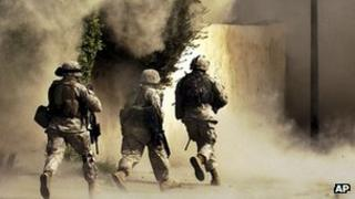 US soldiers in Iraq October 2004 file picture