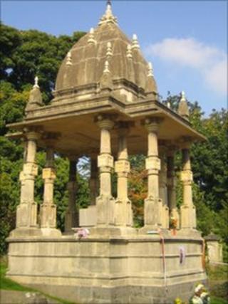 Tomb of Raja Rammohun Roy restored