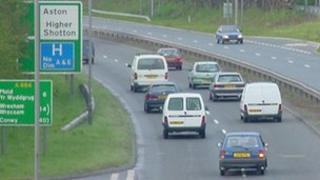 A494, Aston Hill