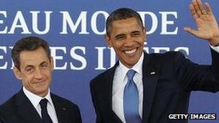 French President Nicolas Sarkozy (left) and US President Barack Obama in Cannes, 3 Nov 11