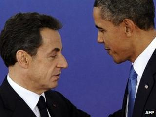 French President Nicolas Sarkozy (left) and US President Barack Obama in Cannes, 3 Nov 11