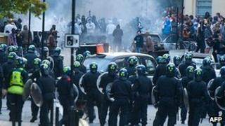 Police confronted by rioters in Hackney on 8 August 2011