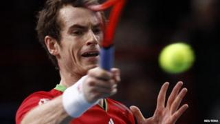 Andy Murray playing against Andy Roddick in the Paris Masters
