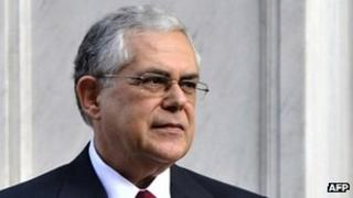 Greece's new Prime Minister, Lucas Papademos at the Presidential mansion, 10 November 2011