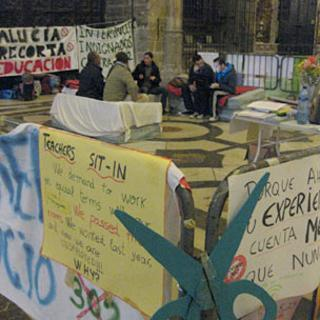 Sit-in protest at Seville's cathedral