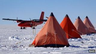 Antarctic camp