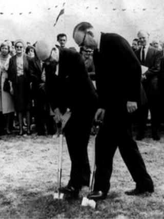 Alan Trevor Jones was one of the men cutting the sod on 26 July, 1967