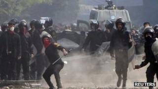 Riot police in Cairo Tahrir Square 22 November 2011