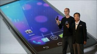 Samsung's J K Shin (left) and Google's Andy Rubin launch Galaxy Nexus