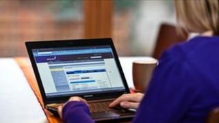 Customer pays bill online