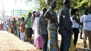 Gambians voting in Serrekunda, 24 November 2011