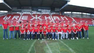 "The new North Wales Crusaders ""squad"" lining up on the Racecourse pitch"