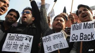 Protesters hold anti-FDI banners in India