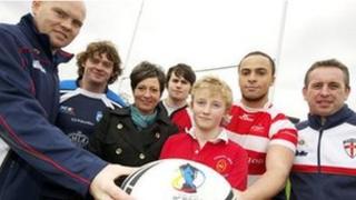 St Helens assistant coach Kieron Purtill, Scottish international John Duffy, Janet Pendlebury, local players and Steve McNamara