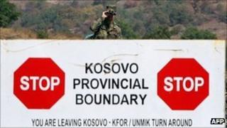 Nato peacekeeper from Germany at border crossing from Kosovo to Serbia - 17 September 2011