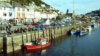 Looe harbour by Matt Kemp