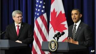 Canadian PM Stephen Harper (l) with US President Barack Obama