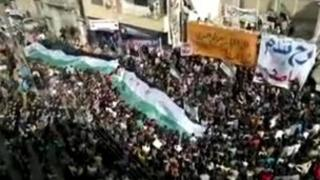 Video purportedly showing anti-government protest in Dail, near Deraa (9 December 2011)