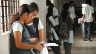 Students in a hallway at Cochin University