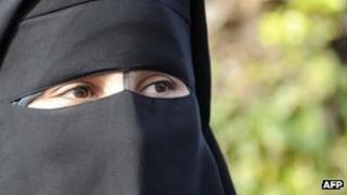 Woman wearing niqab 8 December 2011