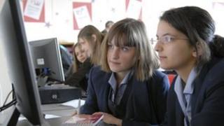 ICT in schools, 2007