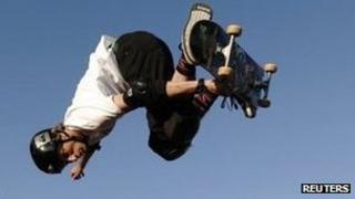 Skateboarder Tony Hawk (generic)