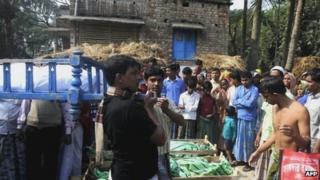 Bodies at Sangram Nagar village near Diamond Harbour, 15 Dec