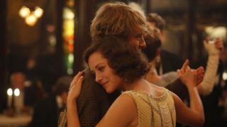 Owen Wilson and Marion Cotillard in Midnight in Paris