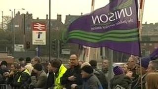 Stagecoach drivers on picket line