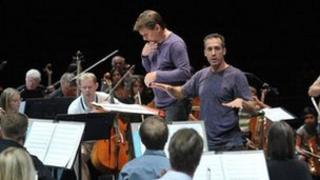 Conductor Keith Lockhart (L) and Graham Fitkin
