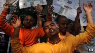 Hare Krishna adherents protest in Calcutta