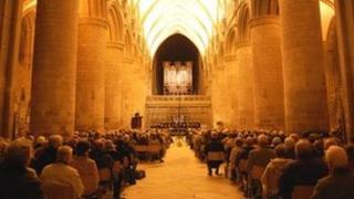 Christmas Celebration in Gloucester Cathedral