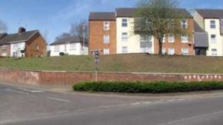 Regents Court embankment, Lutterworth