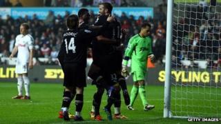 Abertawe yn erbyn Spurs