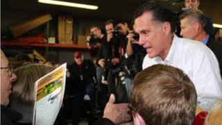 Mitt Romney campaigning in Iowa (2 January 2012)