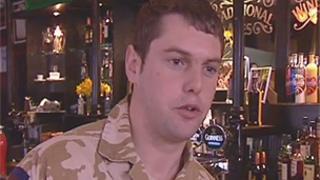 Y Sarjant Dan Collins yn 2010