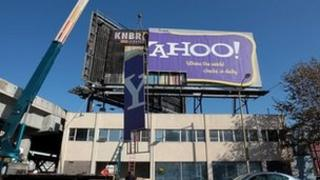 Yahoo billboard being assembled