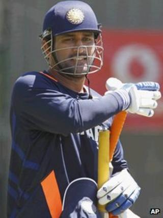 Dhoni walks to the nets during a training session in Perth, Australia, on Wednesday 11 Jan 2012